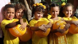 Cintas amarillas por Los Cinco. Foto: Ismael Francisco/Cubadebate.