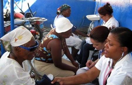 cuban doctors in mozambique.jpg